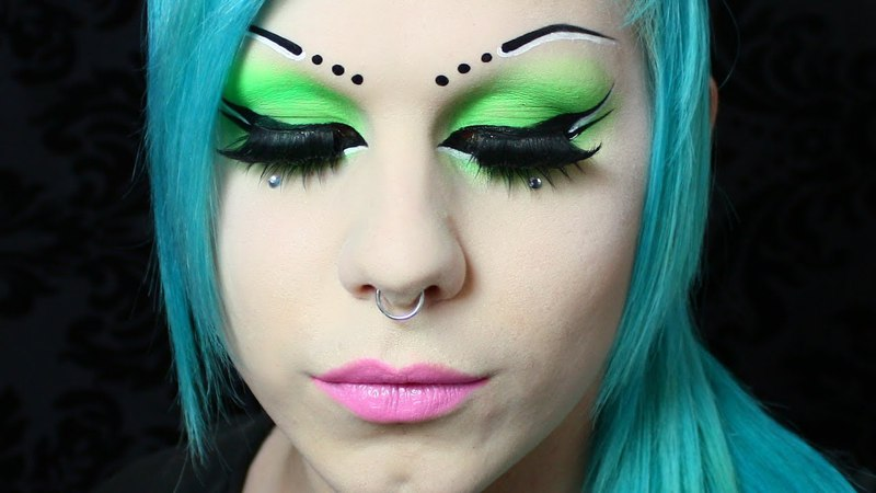 UV CyberGoth Green makeup tutorial! (neon eyeshadow)