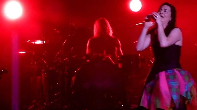 Evanescence - Sweet Sacrifice @ Sydney Entertainment Centre 29 March 2012