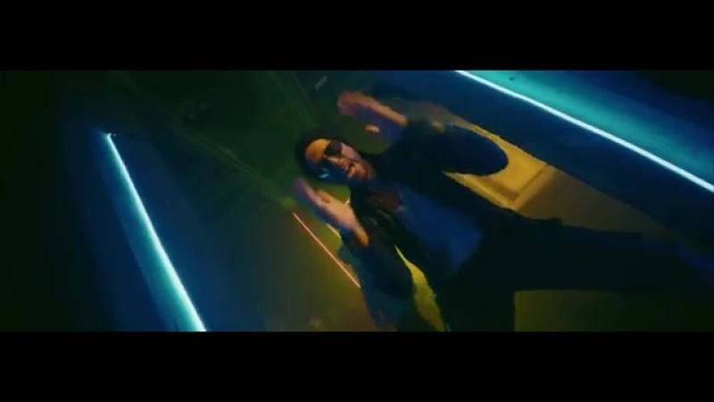 2yxa_ru_Enrique_Iglesias_-_MOVE_TO_MIAMI_Official_Video_ft_Pitbull_l884wKof.mp4