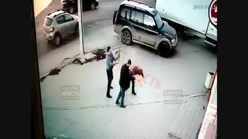 Палкою по голові. На Росії жорстоко побили пяних бойовиків з Донбасу