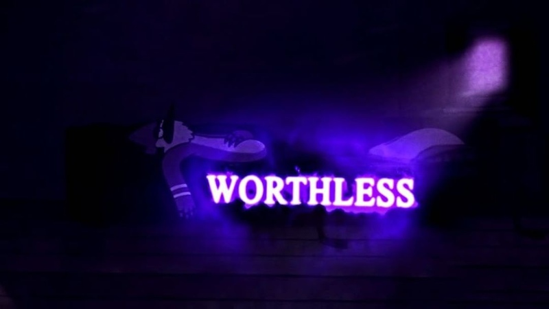 𝐖𝐎𝐑𝐓𝐇𝐋𝐄𝐒𝐒 eli - worthless 🎶 song is out everywhere, go check it out 💜