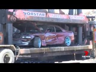 В Австралии машины стритрейсеров просто уничтожают