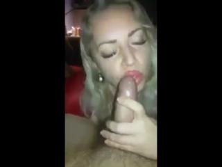 minet-s-chavkanem-video-zagorelie-uzkie-popki-porno