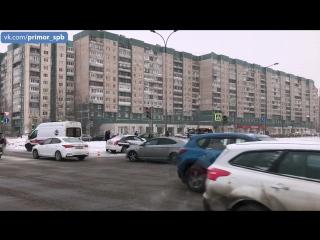 Серьезная авария произошла на перекрестке Богатырского пр. и Планерной ул.
