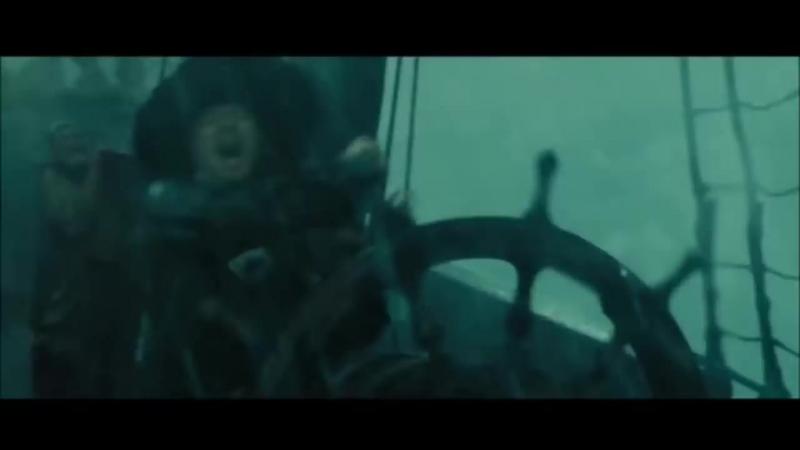 Batalla en el remolino ( piratas del caribe 3 )