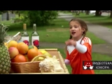 Маленькая девочка пьет ром.Розыгрыш ...