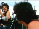 Карлос Сантана, композиция Soul Sacrifice, Вудсток 1969 год. Шрила Прабхупада уже в Америке...