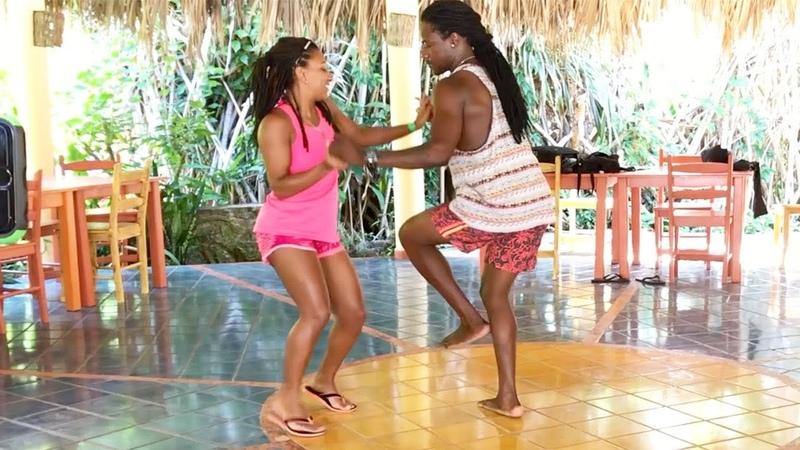Bailando BACHATA - A Esa Mujer La Borrare Luis Vargas