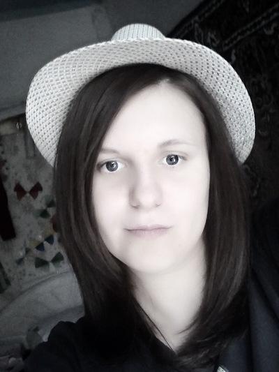 Неля Кравченко