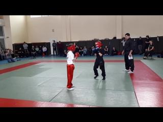 дебют Шурика на татами в спарингах))) этот бой он выиграл и занял 3 место!!!! Тамбов чемпионат по конг- фу Хонг За Куэн