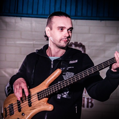 Михаил Бугай
