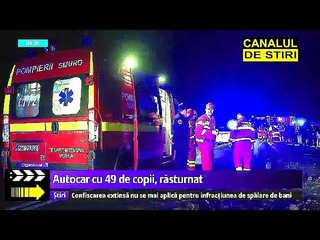 Un autocar cu 60 de persoane la bord s-a rasturnat, in Constanta