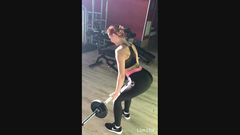 Супер тренировка на мышцы спины от @boxa_atp 💪🏻🔥в моем исполнении😄