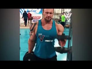Big back ever in bodybuilding (russian monster)
