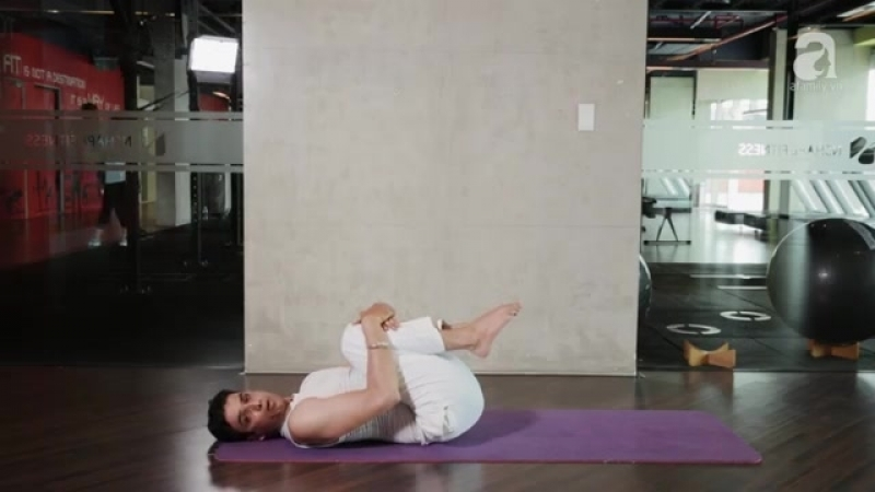 12 Yoga Asana for Belly Fat ( Master Praveen kumar verma ).mp4