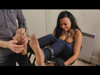 [clips4sale.com]Ruby Foot Tickle HD