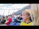 Сын шведского футболиста Маркуса Берга не смог сдержать слез, когда увидел своего папу на поле.
