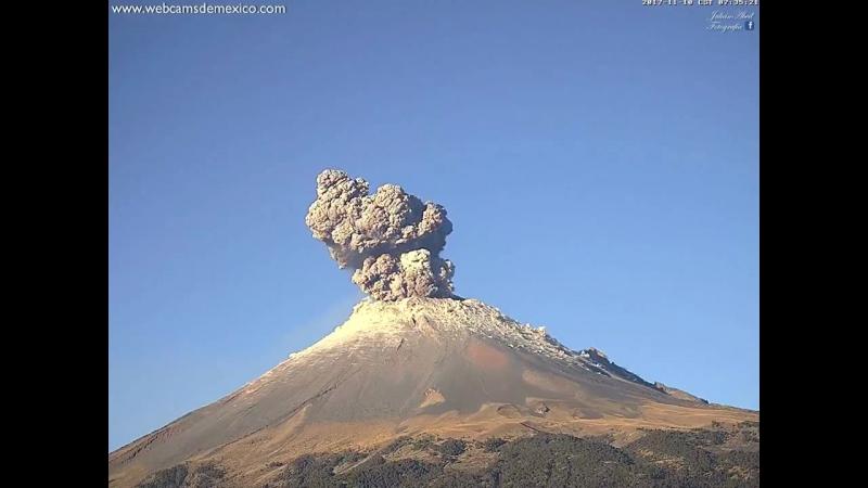 Извержение вулкана Попокатепетль 10 ноября 2017