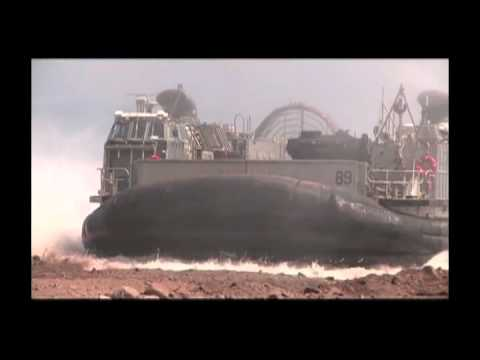 Landing Craft Air Cushion (LCAC) wUSMC M1A1 Abrams MBT