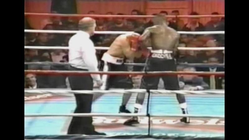 12 - Floyd Mayweather vs. Angelo Nunez [1997-11-20]