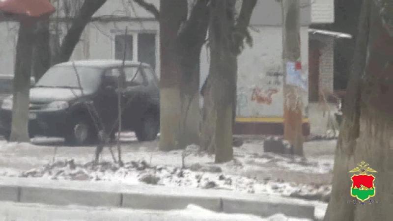 Полицией задержаны закладчик героина и курьер