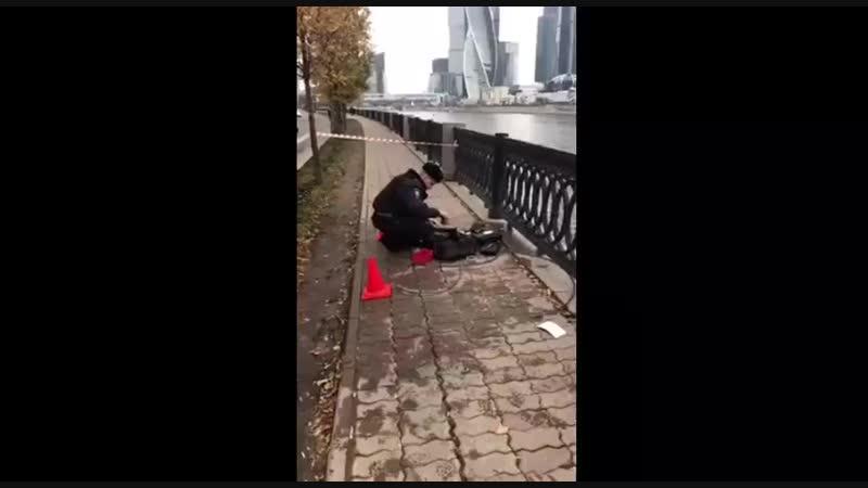 В Москвабаде даже у рыбаков улов не такой, как по всей Рашке. Вот, например, выловили сумку, полностью набитую оружием и боеприп