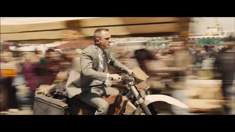 Skyfall - Opening Scene- Motorbike Chase (1080p)