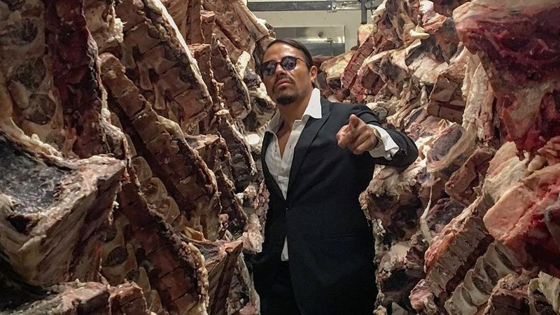 Salt Bae Cutting The Best Meat In Nusret Steakhouse ISTANBUL