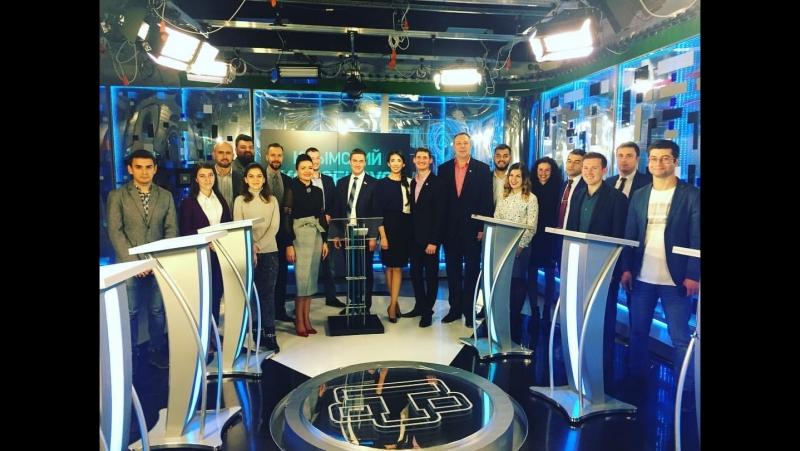Волонтеры-медики на ток-шоу «Крымский консенсус». 08.11.17
