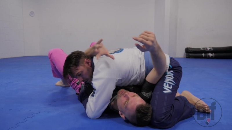White Belt Escapes from Side Control When the Hip is Blocked bjf_cheat