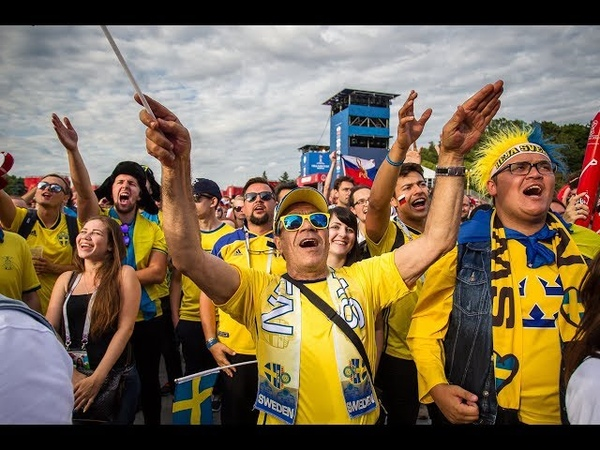 FIFA Fan Fest 2018. Шведские болельщики в фан-зоне. Смотрим матч Швеция - Англия. (7.07.2018)