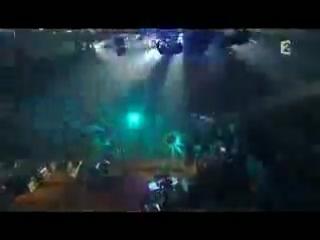 Franz_Ferdinand_&_Philippe_Katerine_-_Call_Me_(Live_at_Taratata,_16.01.09)
