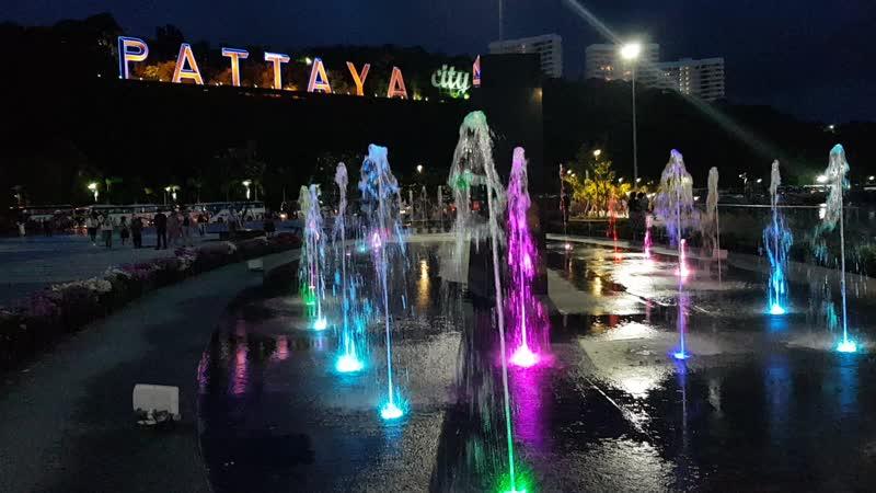 Fountains_4K.mp4