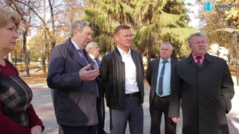 Занимательный диалог главы города и врио главы области в парке имени Дзержинского