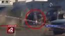 Легковушка обрушилась на голову пешехода. Жесть!