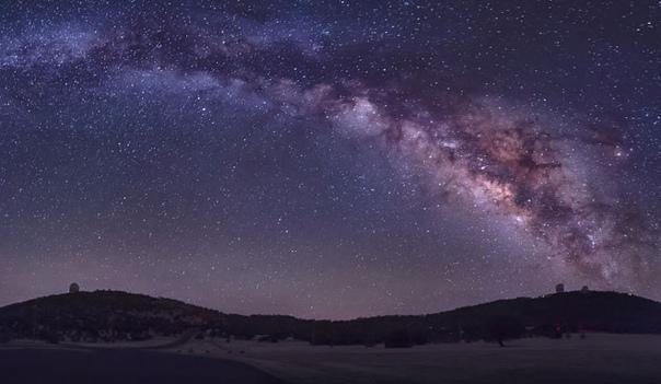 во вселенной полно народу… учёные начали обнаруживать то, что уже давно известно почти всем остальным. вселенная полна жизни. природа не такая дура, чтобы устроить жизнь на
