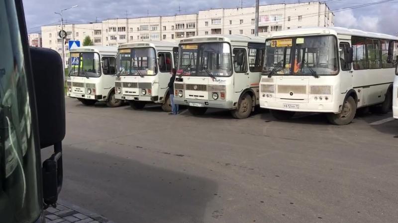 Акция протеста частников в Сыктывкаре, которым принадлежит более 80 автобусов