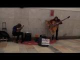 Музыка в метро. Дуэт Лады