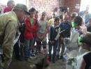 Младшие школьники опробовали профессию кузнеца.
