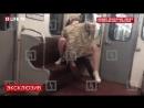 В Санкт Петербурге молодая пара занялась сексом в вагоне метро на глазах у пассажиров