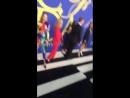 Gigi Hadid no tapete vermelho do CFDAAwards hoje em NY. (1)