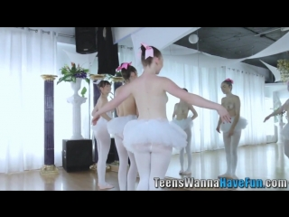 Выебал трёх балерин в зале порно с молоденькими в хорошем качестве
