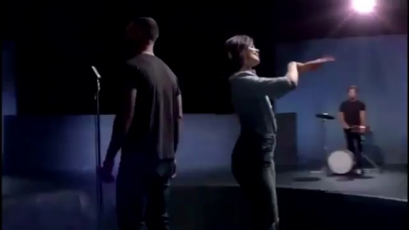 Maroon 5 - Girls Like You (preview)