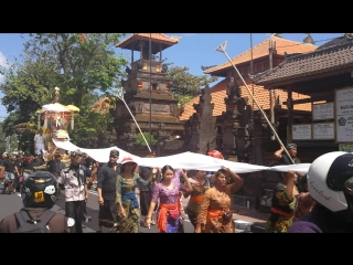 Религиозный праздник на Бали