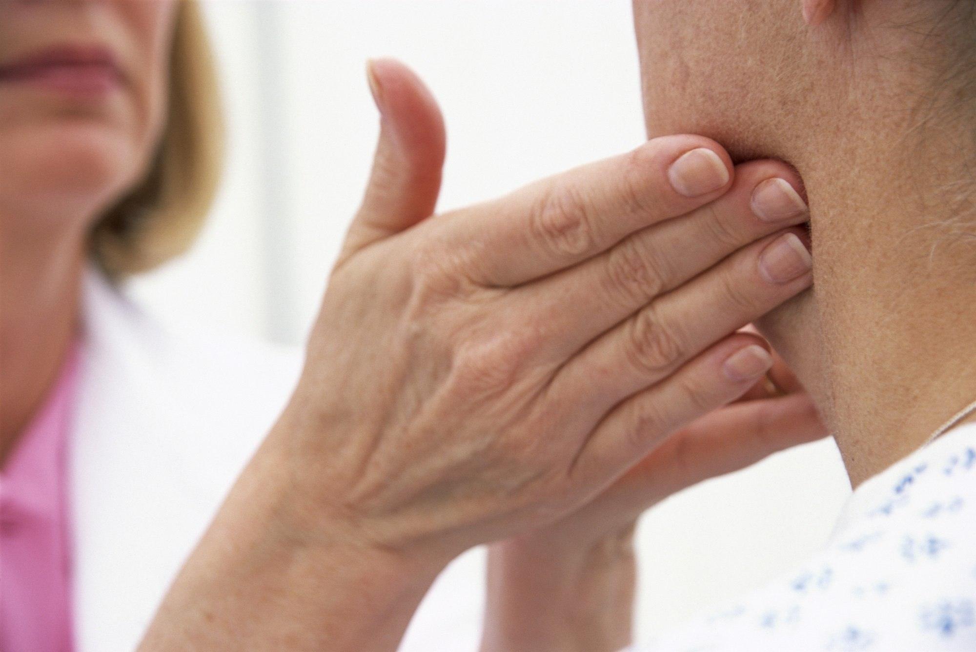 Лимфатические узлы на шее: где находятся и распространенные заболевания