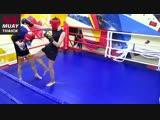 Боксерская двойка в трёх комбинациях Муай Тай и жесткая отработка в парах