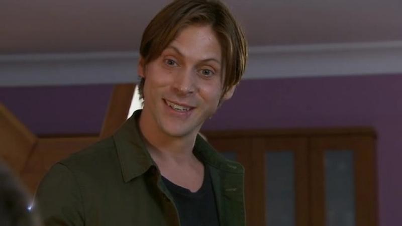Hollyoaks episode 1.3438 (2012-09-26) NN