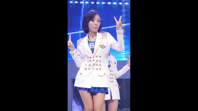 로즈퀸 Rose Queen 지니 - 업타운펑크 (문화가흐르는서울광장) 직캠 fancam