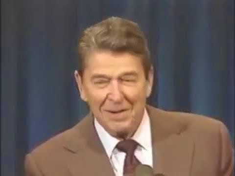 Рональд Рейган рассказывает анекдоты про СССР / Ronald Reagan tells jokes about Soviet Union