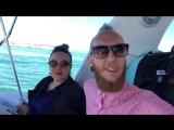 В открытом море на яхте